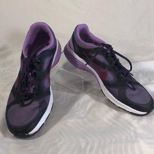 Nike better world A43837 7.5